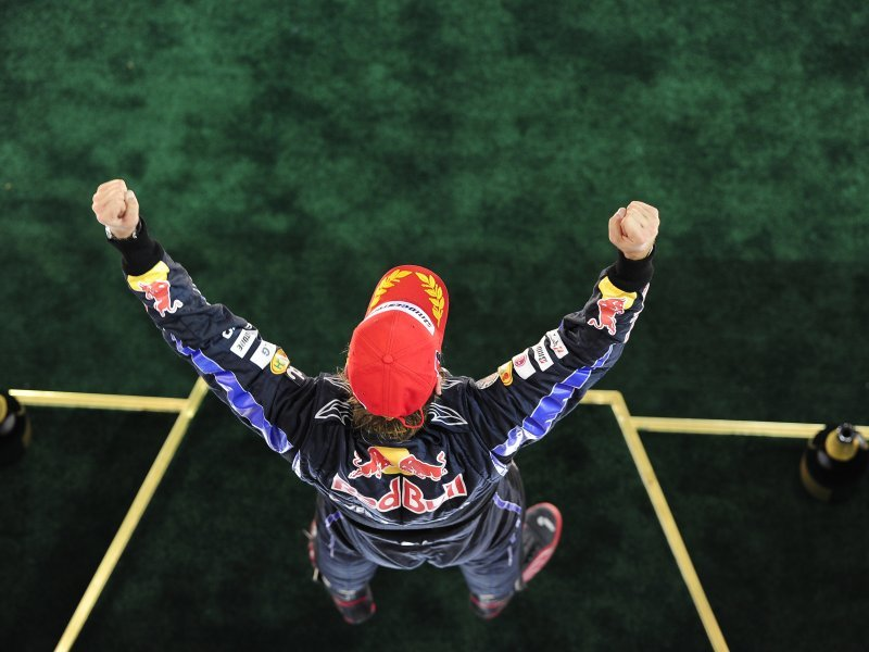 Sebastian-Vettel-Abu-Dhabi-2_2527304.jpg