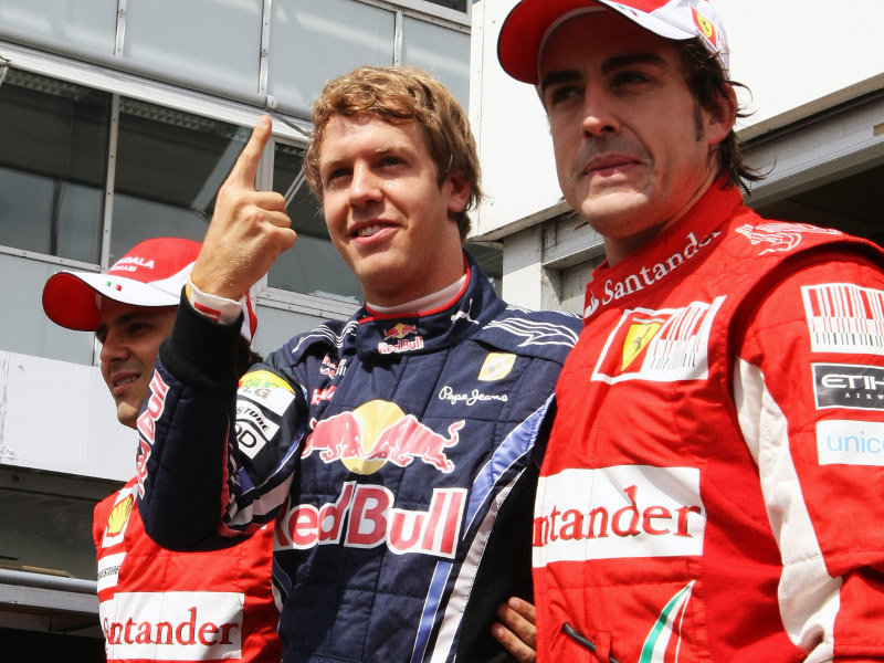Sebastian-Vettel-and-Fernando-Alonso_2480517.jpg
