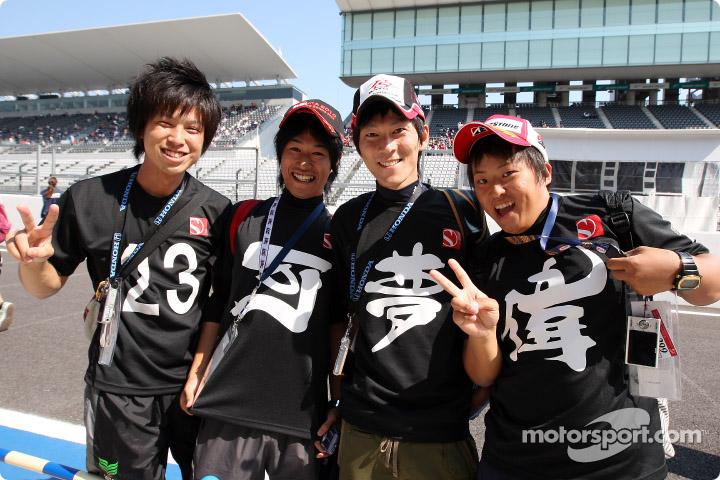 f1-2010-jap-xp-0047.jpg