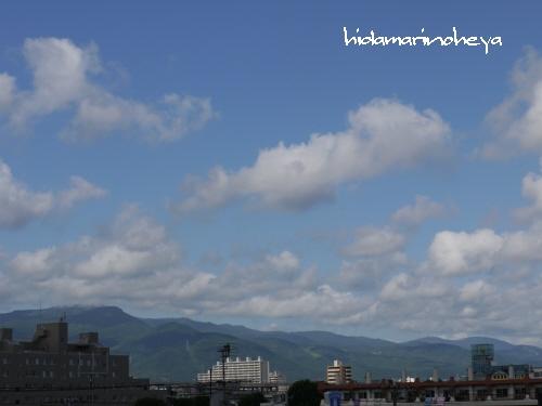 朝の青空110820