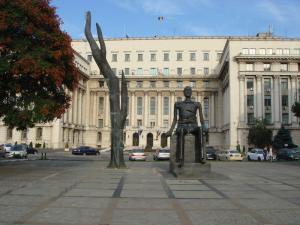 ブカレストの銅像