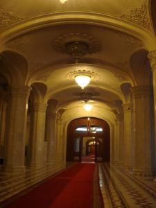 国民の館の廊下