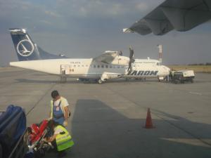 スチャバへ行くタロム航空