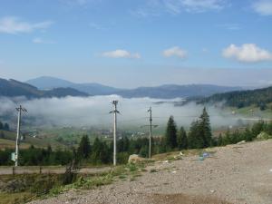 霧のかかる谷