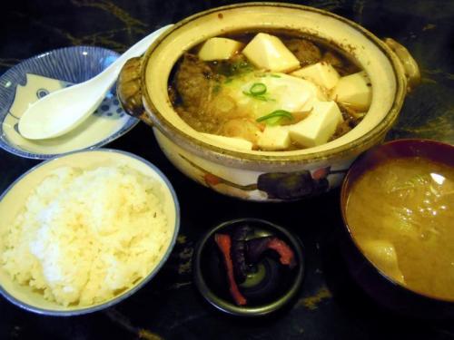 牛すじ豆腐鍋定食