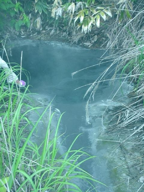 2010年6月 大船下の湯 源泉1
