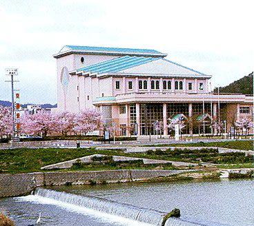 黒瀬文化センター