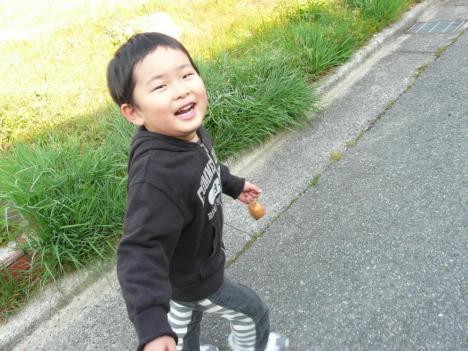 走る子ども 甥っ子の朝の散歩