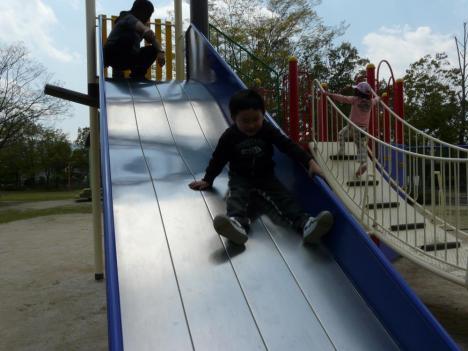胡麻近隣公園 遊具施設 すべり台 その3