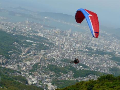 福岡県北九州市 皿倉山 その9 山頂 パラグライダー