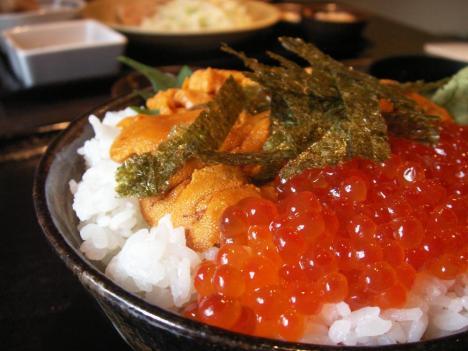東広島 圭弥茶寮 ランチ うにいくら丼 大盛り 900円 アップ画像