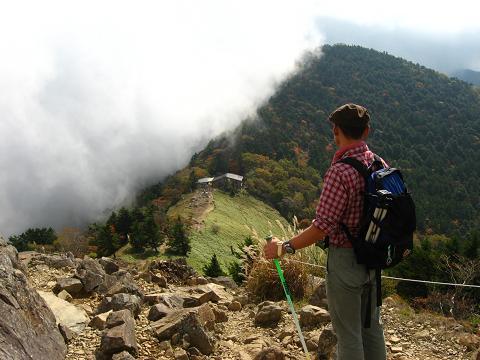 大菩薩の稜線にて 峠が見えてきた!
