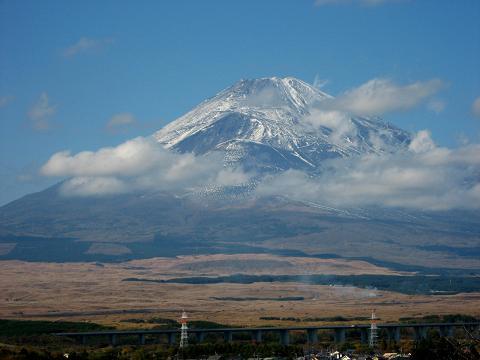 薄化粧の富士山 2