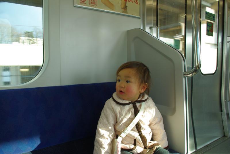 ガーコ、初めての電車♪