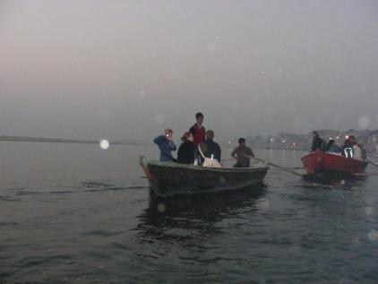 varanasi boat 2