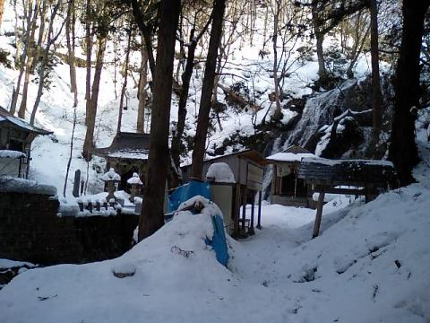 白糸神社11;境内全景