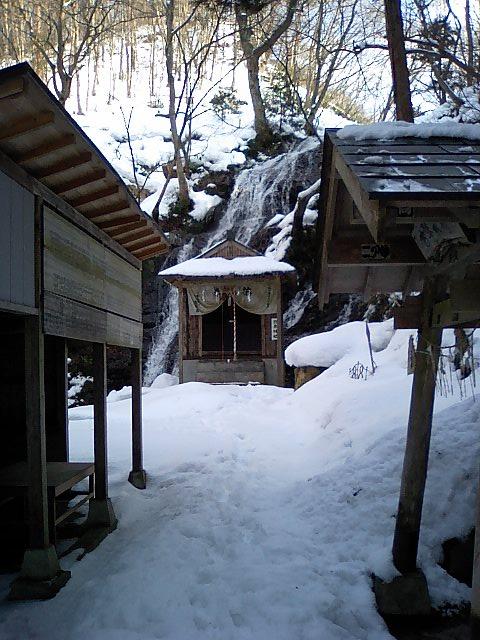 白糸神社12;白糸神社遠景