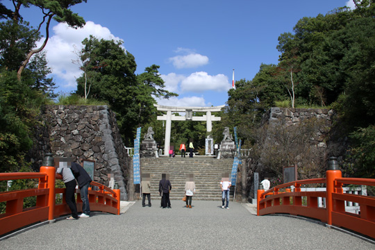 20091012_takeda_shrine-06.jpg