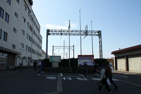 20091017_niigata_shinkansen_cars_deport-04.jpg