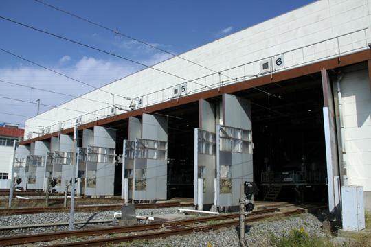 20091017_niigata_shinkansen_cars_deport-07.jpg