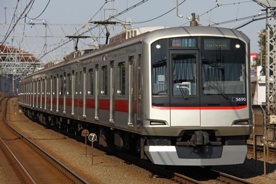 20091121_tokyu_5080-01.jpg