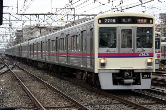 20091122_keio_7000-01.jpg