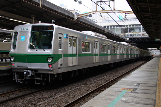 20091122_tokyo_metro_6000-02.jpg
