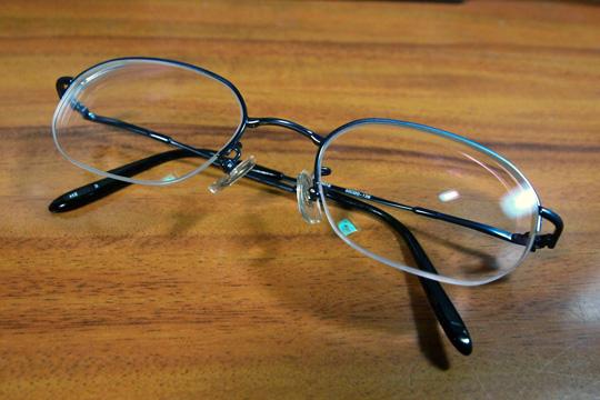 20091205_glassess-01.jpg