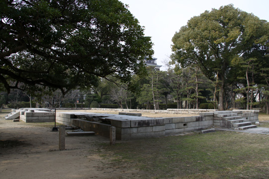 20100111_hiroshima_castle-23.jpg