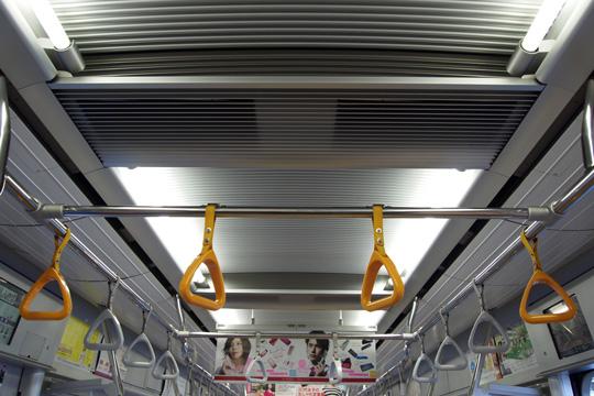 20100207_tokyo_metro_10000-in02.jpg