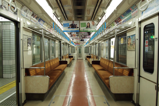 20100214_osaka_subway_66-in01.jpg