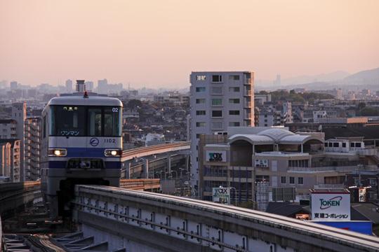 20100417_osaka_monorail_1000-01.jpg