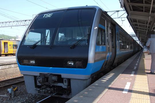 20100501_jrshikoku_2000-01.jpg