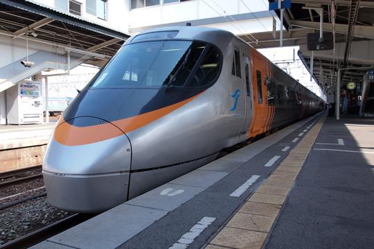 20100501_jrshikoku_8000-01.jpg