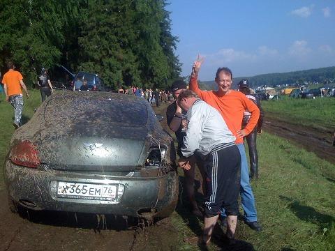 0008-russia-bentley-continental-gt-mud-25.jpg