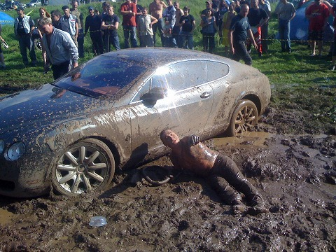 0015-russia-bentley-continental-gt-mud-18.jpg