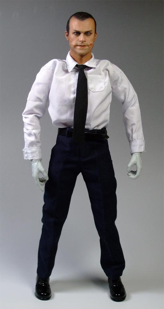 警官ジョーカーカッター