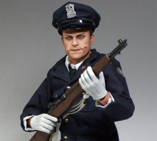 警官ジョーカー表紙