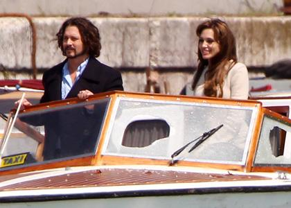 angelina-johnny-set-boat-sweep.jpg