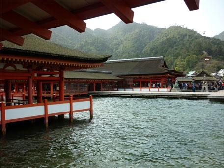itsukushimajinja.jpg