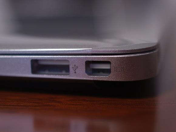 macbookair113.jpg