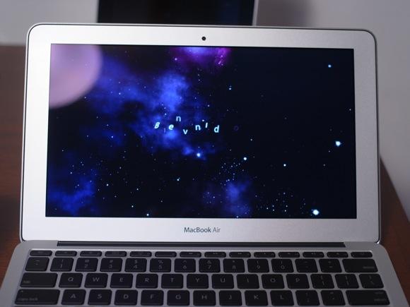 macbookair114.jpg
