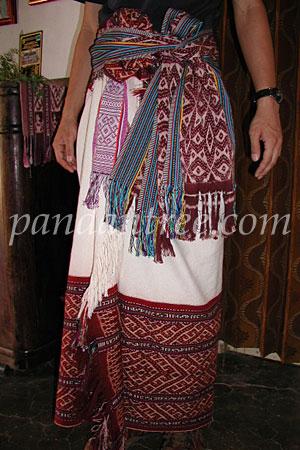 ティモール島の民族衣装1