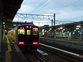 乗り換えの駅で・・・