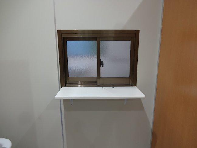 冷蔵庫棟の壁補修