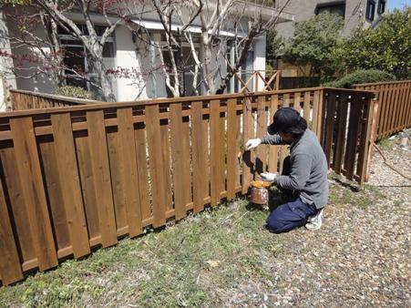 外柵の塗装